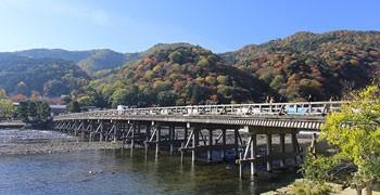 【京都旅遊】嵐山一日遊|渡月橋、小火車、竹林、常寂光寺