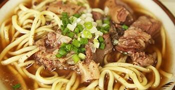 【石垣島美食】一休食堂|吃完會元氣滿滿的島山羊料理