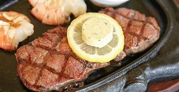 【沖繩美食】Steak House 88 美麗海店|美味的腰內肉牛排